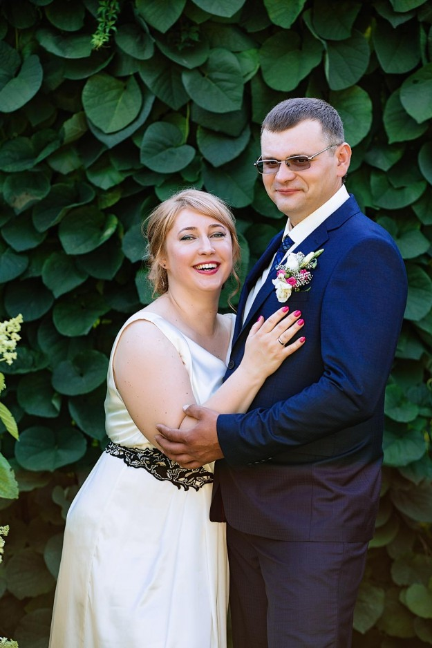 Свадебная фотосессия в ботаническом саду, свадебные фото в саду, Фотосъемка молодоженов в ботаническом саду Киев, что фотографировать в ботаническом саду в Киеве