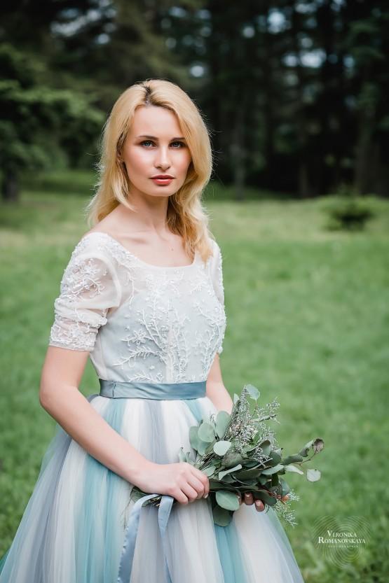 Свадебная фотосъемка в ботаническом саду, свадебная прогулка с фотографом пример, фотосессия свадебна и предсвадебная в Киеве, нежные и стильные свадебные фото в саду
