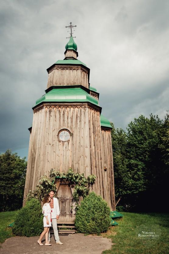 Фотосъемка love story в Киеве,семейная фотосессия, свадебная фотосессия в Пирогово, маршрут свадебного картеджа Пирогово
