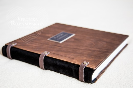 Photobook in the tree, wood book cover, cover book, cover for family photo books, materials, covers for photo books wedding