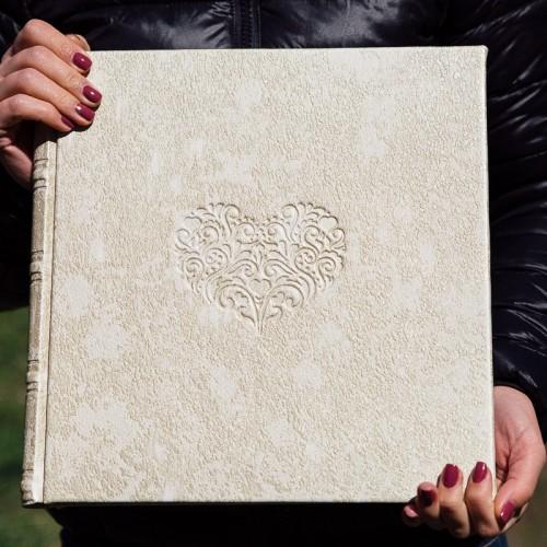 Свадебная фотокнига,классическая свадебная фотокнига, дизайн обложки и фотокниги,свадебный фото альбом пример,обложка из кожи с тиснением, дорогой дизайн для фото книги